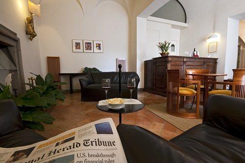 056-Hotel-Tiferno-Bar
