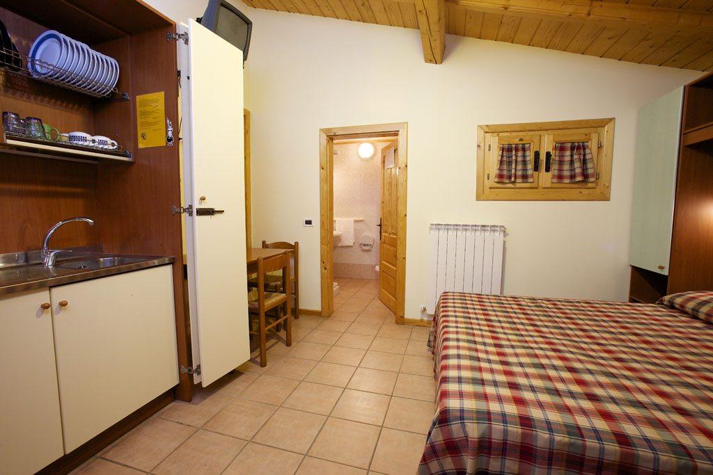 09.-Interno-bungalow-con-cucina