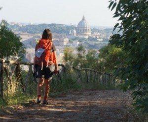 La-Via-Francigena-a-piedi-da-Viterbo-a-Roma-in-liberta-560x460-300x246