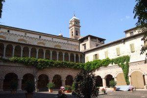 tolentino_basilica_di_san_nicola_cloister_01