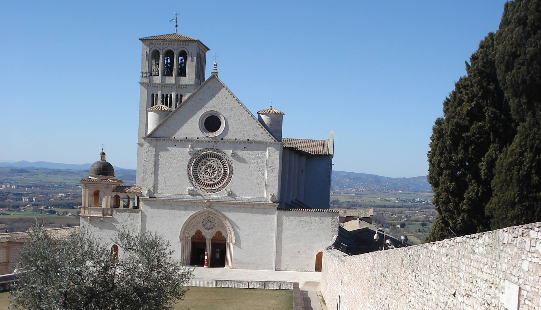 assisi-basilica-san-francesco